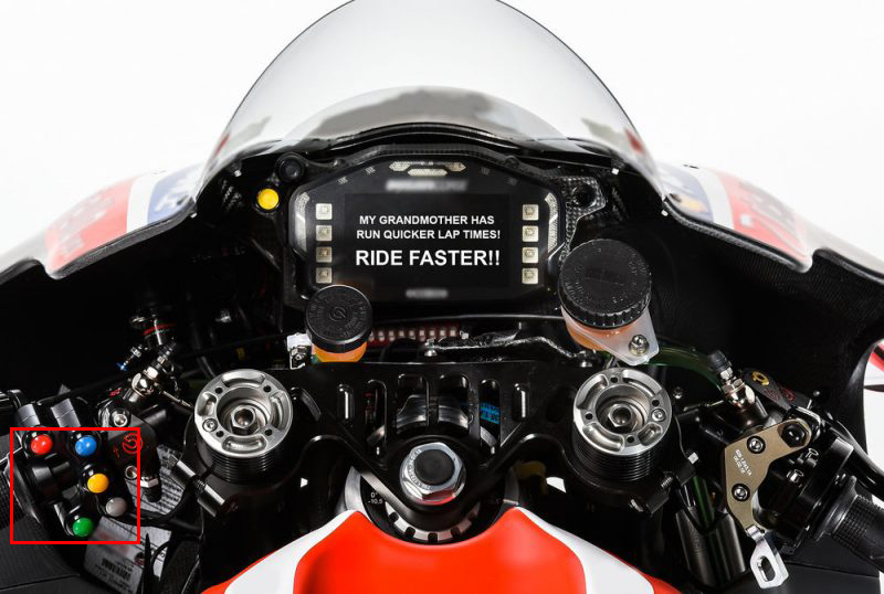 motogp-teams-to-send-riders-dashboard-messages-during-races_0-e1471592467227