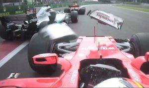 Vettel va chạm với Hamilton ở Mexico