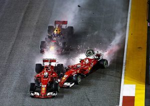 Tai nạn giữa Vettel, Raikkonen và Verstappen ở Singapore