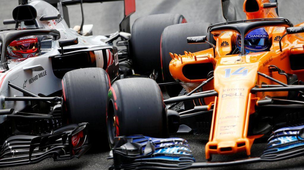 Alonso chiến với Magnussen ở Q2