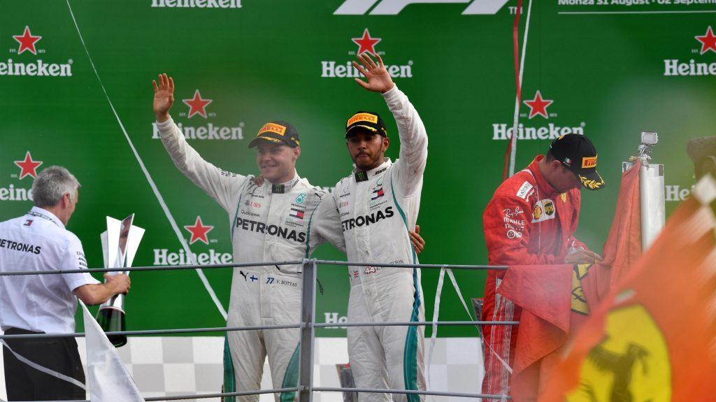 Bottas và Hamilon trên bục podium ở Monza 2018
