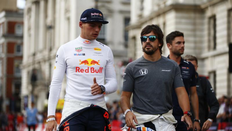 verstappen và Alonso sẽ thay mới hoàn toàn động cơ ở Sochi 2018