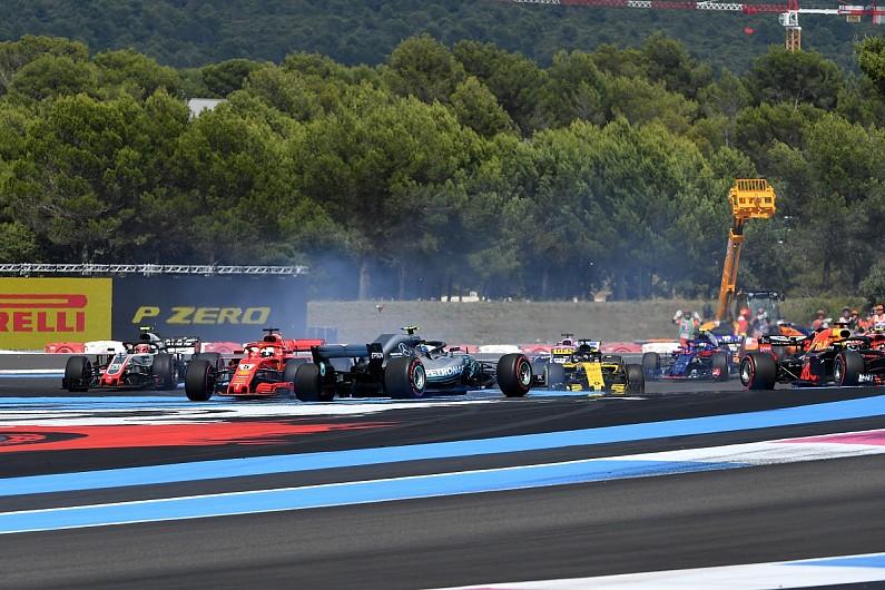 Tình huống Vettel tông Bottas ở Paul Ricardo 2018