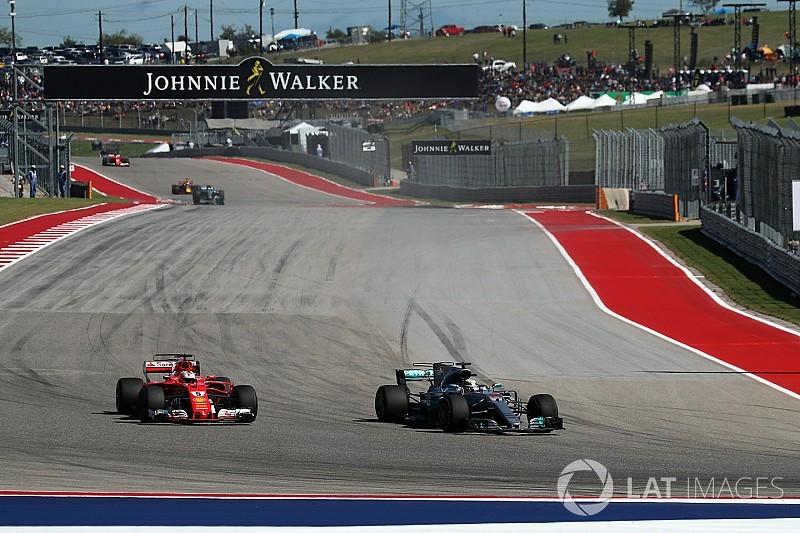 Hamilton vượt Vettel ở USGP 2017