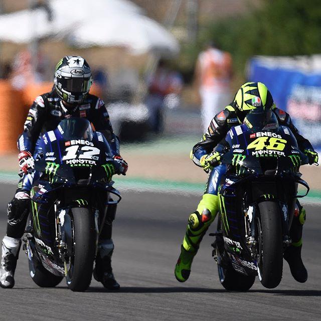 Maverick Vinales và Valentino Rossi tập xuất phát cho GP Andalucia 2020